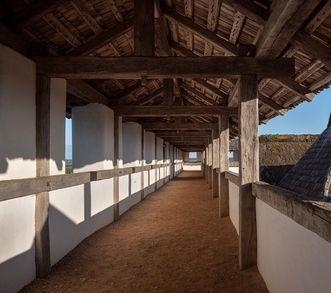 Heuneburg – Stadt Pyrene, Rekonstruktion Lehmziegelmauer